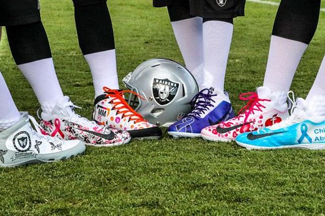 best football cleats for linebackers scott fujita 4