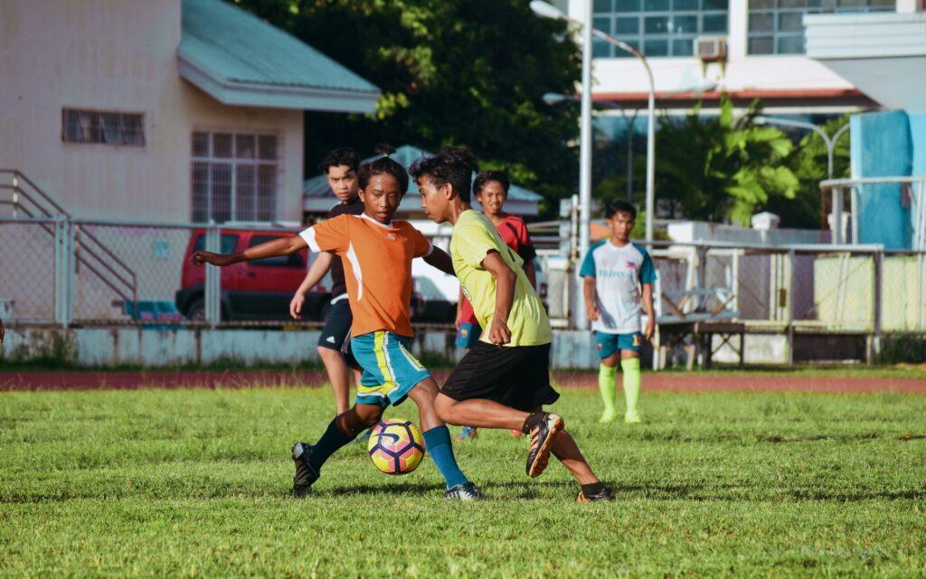 How to choose suitable soccer cleats for kids