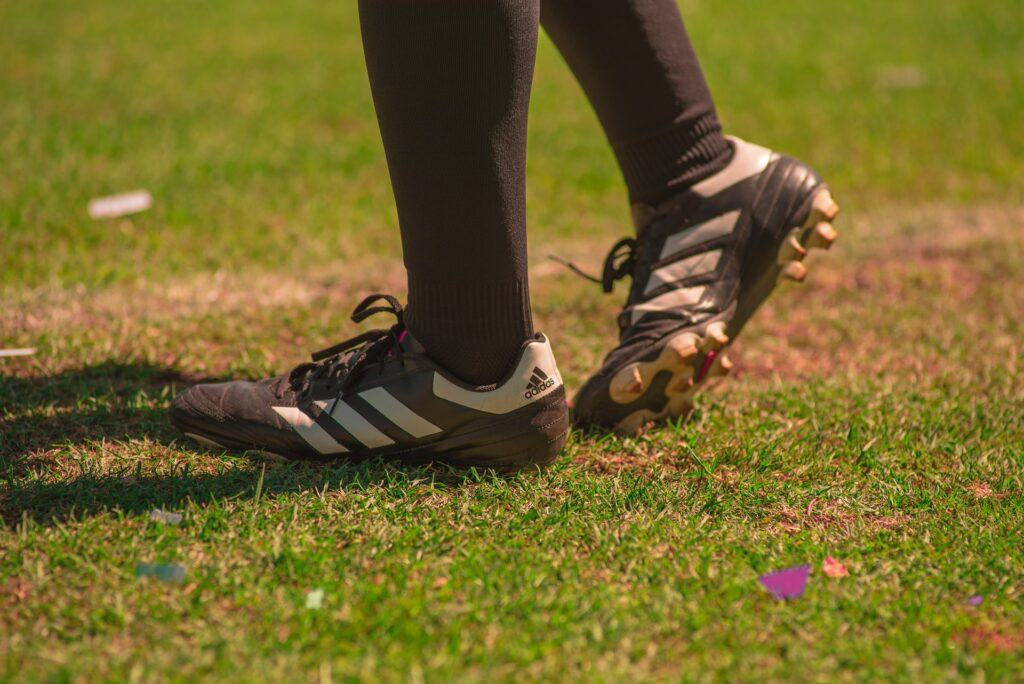 How to maintain soccer cleats