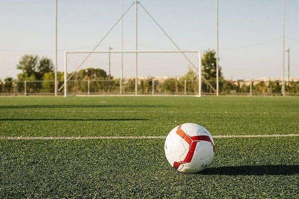 how long is a soccer field scottfujita 2