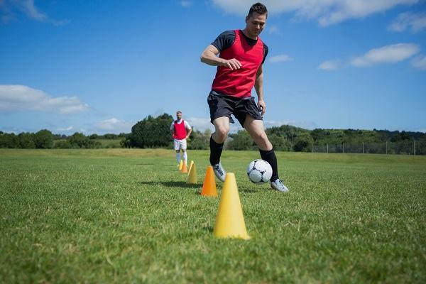 how to dribble a soccer ball scottfujita 2