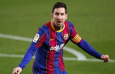 who is the best soccer player scottfujita 11