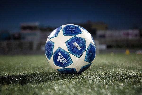 why are soccer balls black and white scottfujita 3