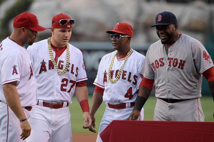baseball players chains