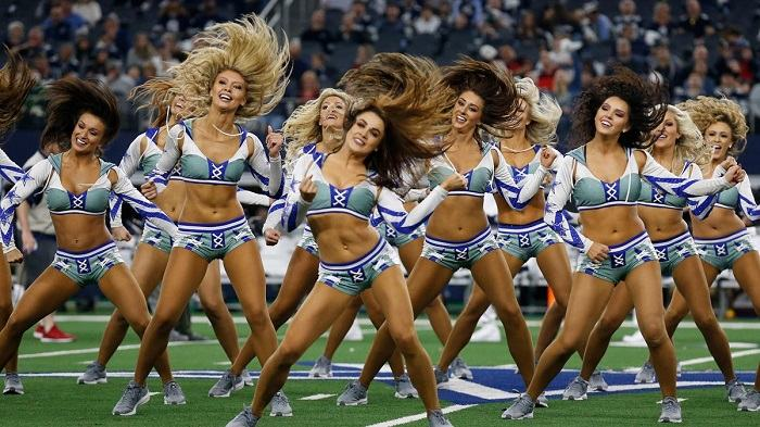 which nfl teams don't have cheerleaders